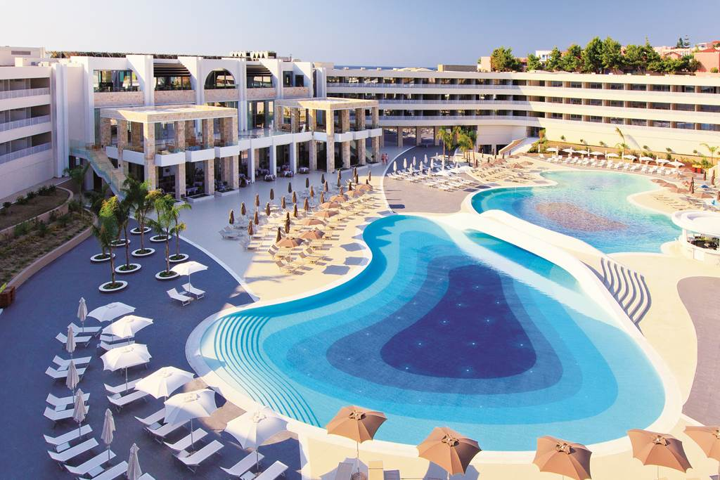 FIVE STAR FREE CHILD PLACE GREEK HOLIDAY